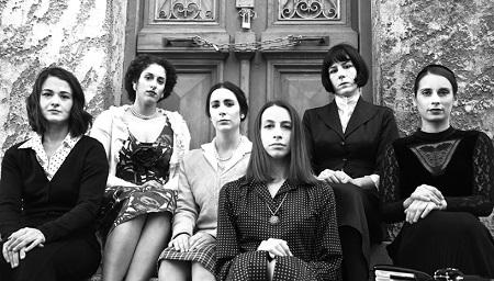 """""""Γυναίκες"""" από τον θίασο Αντάμα, κάθε Δευτέρα και Τρίτη στο θέατρο Βαφείο"""