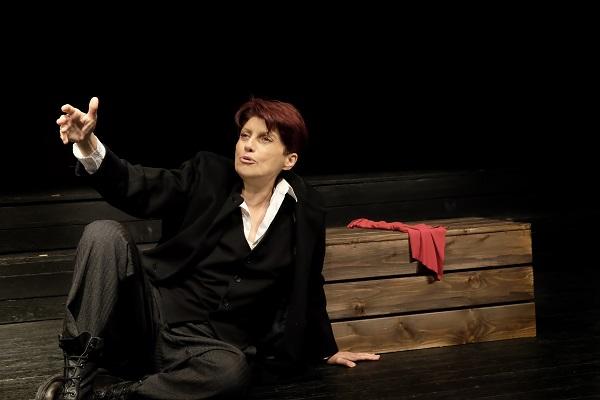 """""""Μαγιακόφσκι"""" από τον θίασο """"Μοντέρνοι καιροί"""", έρχεται τον Οκτώβριο στο θέατρο Βαφείο"""