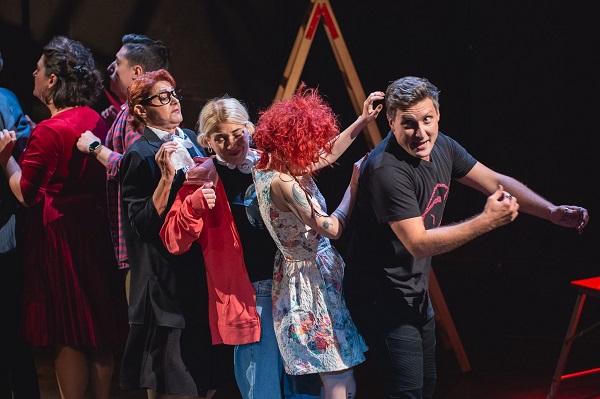 """""""Το 550 του Σταμάτη Πακάκη που παίζεται στο Faust, είναι μία παράσταση καταπέλτης που όλοι πρέπει να δούμε"""""""