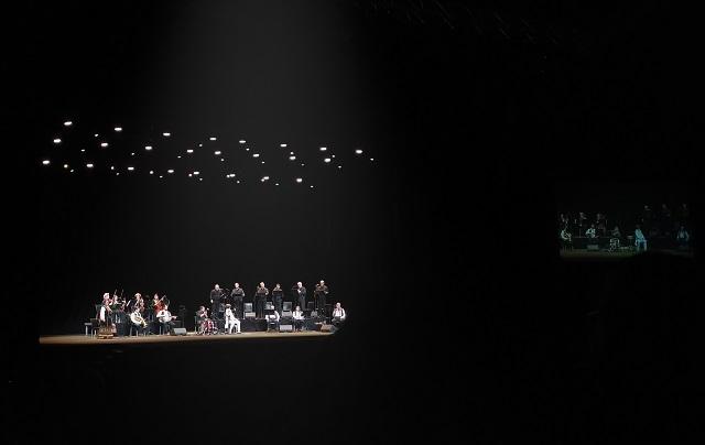 """Πήγαμε / Είδαμε : """"Goran Bregovic: μία αξέχαστη γιορτή στο Christmas theater"""" γράφει η Ίριδα Ζορμπά"""