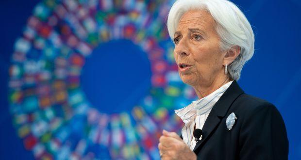 Η πρόεδρος της ΕΚΤ Christine Lagarde στην ολομέλεια του Κοινοβουλίου