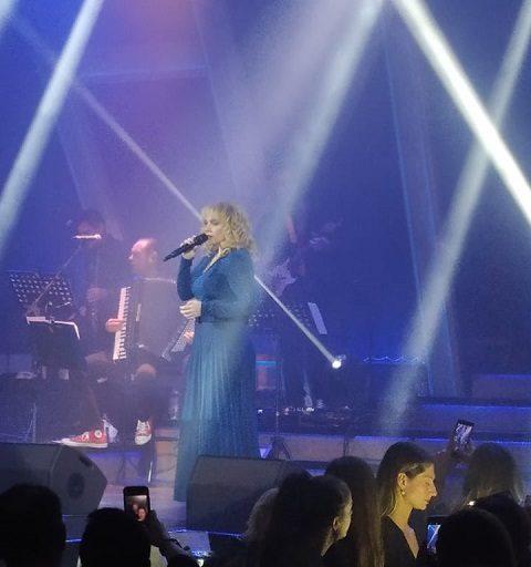 Πήγαμε /  Είδαμε : Ελεωνόρα Ζουγανέλη στο Anodos live stage, ακόμη κι αν δεν είσαι fan θα γίνεις