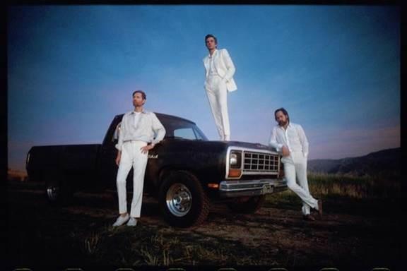 """Imploding the mirage"" το νέο album των The Killers κυκλοφορεί στις 21 Αυγούστου από την MINOS EMI / Universal"