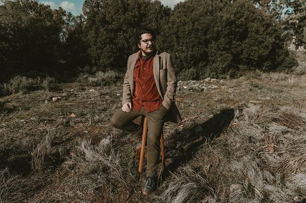 """""""Τα δέντρα που με ξέρουνε"""" το 1ο single από το νέο album του Αλέξανδρου Εμμανουηλίδη """"Κάτι σαν ήλιος"""" που θα κυκλοφορήσει σύντομα"""