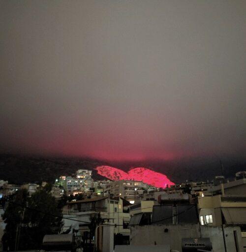 Φωταγώγηση καρδιάς την ημέρα του Αγ.Βαλεντίνου από τον δήμο Χαϊδαρίου