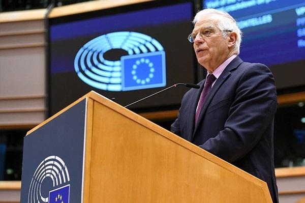 Κριτική από ευρωβουλευτές για την επίσκεψη του Ύπατου Εκπροσώπου της ΕΕ στη Μόσχα