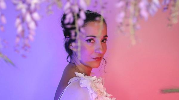 """""""Τα νυχτολούλουδα"""" το νέο single της Ευτυχίας Μητρίτσα κυκλοφορεί ψηφιακά"""