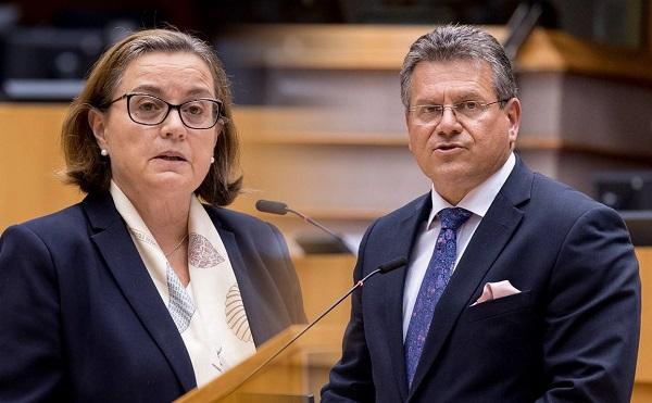 Σύνοδος ΕΕ: επιτάχυνση της ανάκαμψης και μεταρρύθμιση του συστήματος ασύλου ζητά το ΕΚ