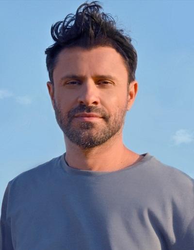 """Τα κοχύλια του χειμώνα"""" το νέο single του Γιάννη Μαθέ κυκλοφορεί ψηφιακά -  Street Radio"""